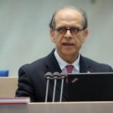 Dr Robert Fischer